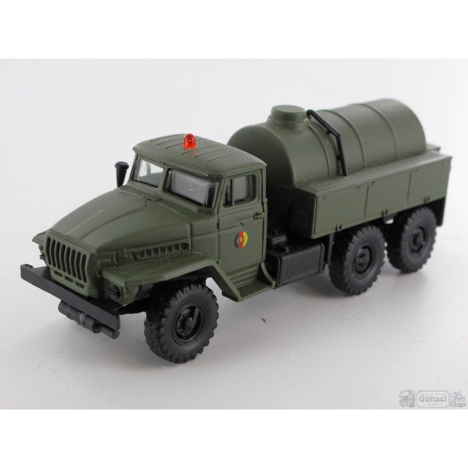rk modelle 302210 ural 4320 wassertankwagen ma stab 1 87. Black Bedroom Furniture Sets. Home Design Ideas