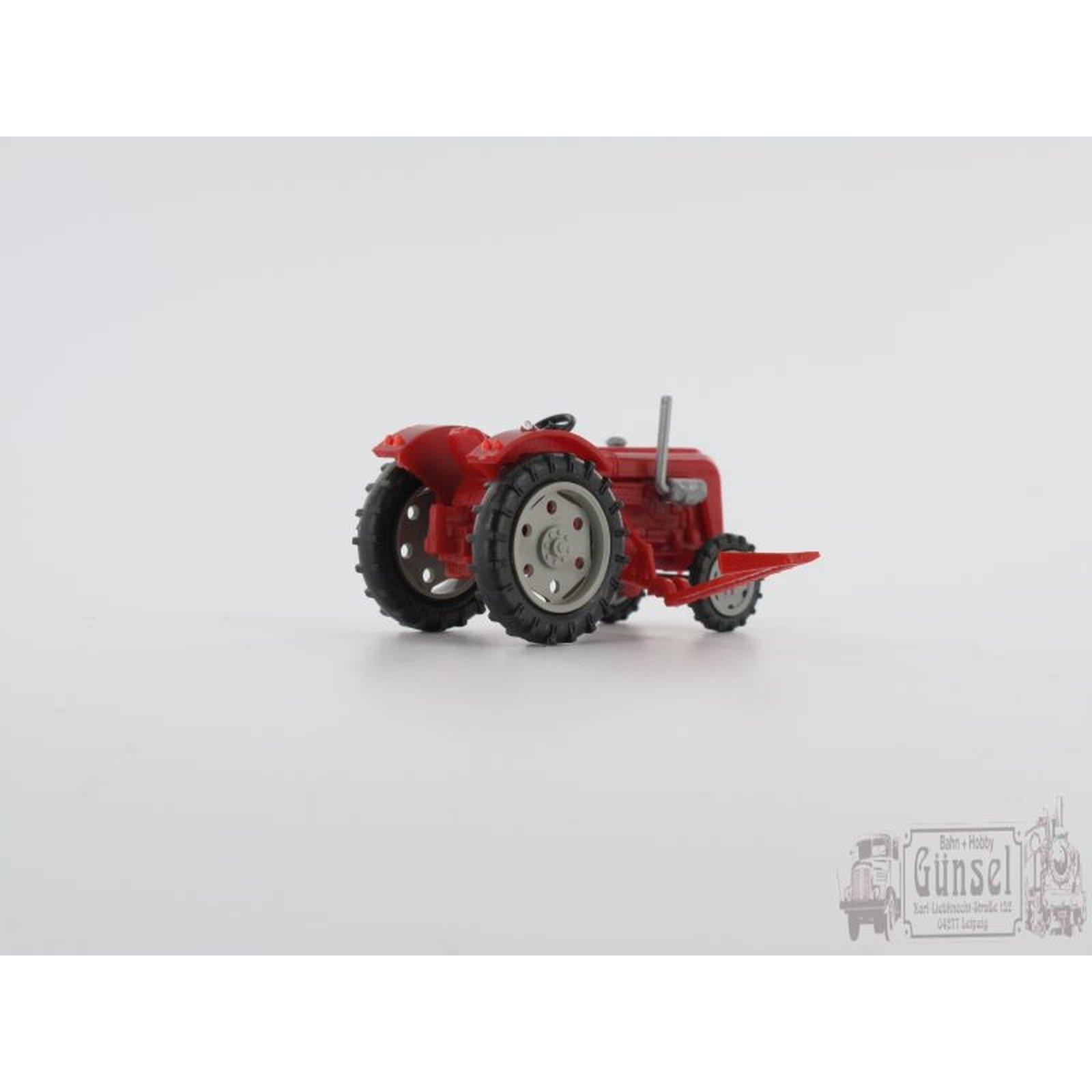 mehlhose 4402 traktor famulus mit m hbalken massstab 1 87. Black Bedroom Furniture Sets. Home Design Ideas