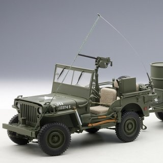 AutoArt 74016 JEEP WILLYS, ARMY GREEN/ZUBEHÖR Massstab: 1:18