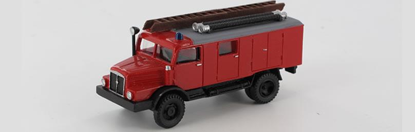 RK-Modelle® TT0648 S4000 Feuerwehr LF 15 Mass